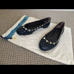 New authentic Tory Burch leather ballet flats size 6